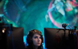 Female esports Girlgamer